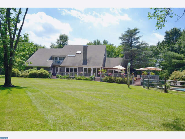 Single Family for Sale at 201 Welcome House Rd Perkasie, Pennsylvania 18944 United States