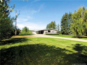 Featured Property in Bentley, AB T0C 0J0