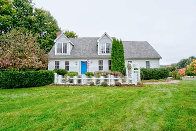 Single Family for Sale at 1 Autumn Lane Stratham, New Hampshire 03885 United States
