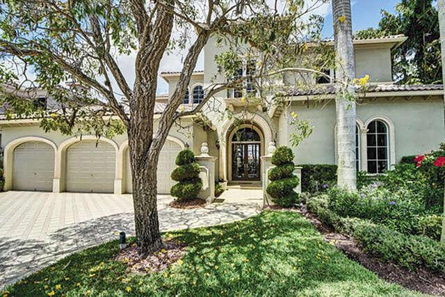Single Family for Sale at 9661 Bridgebrook Drive Boca Raton, Florida 33496 United States