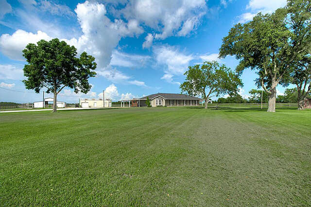 Featured Property in NEEDVILLE, TX, 77461