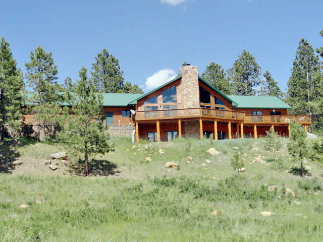 Single Family for Sale at 239 Elk Grove Trail Newcastle, Wyoming 82701 United States