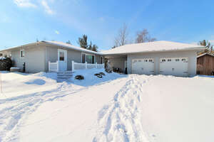 Featured Property in Lambton Shores, ON N0M 2L0