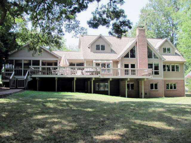 Single Family for Sale at 489 Meriwether Drive Clarksville, Virginia 23927 United States