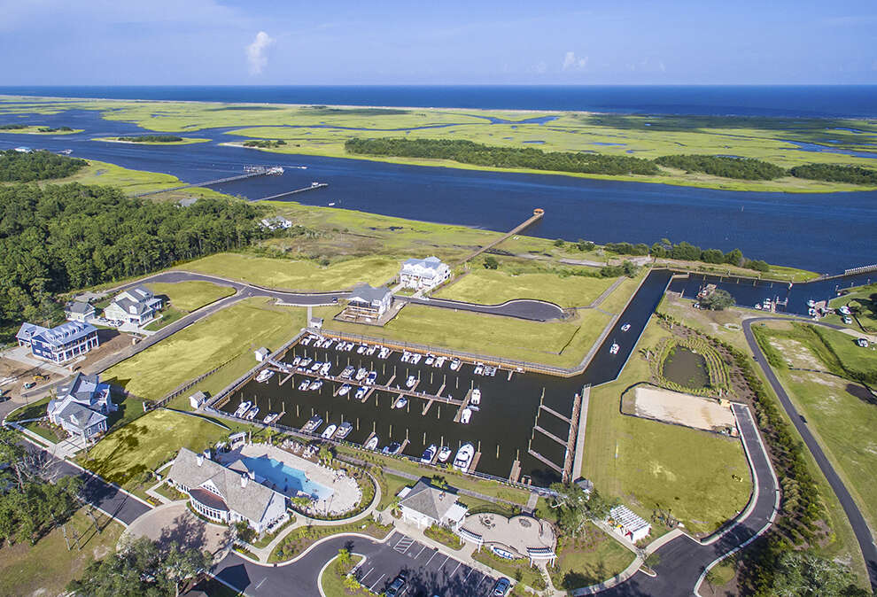 Single Family for Sale at Helms Port Wilmington, North Carolina 28409 United States