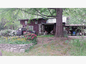 Featured Property in Hendersonville, NC 28791