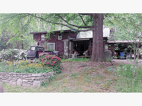 Featured Property in HENDERSONVILLE, NC, 28791
