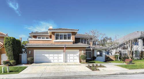 Single Family for Sale at 19 Bridington Laguna Niguel, California 92677 United States