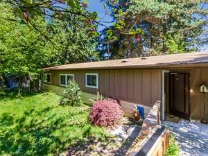 Featured Property in Shoreline, WA 98155