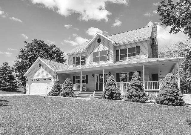 Single Family for Sale at 5 Hooker Drive East Berlin, Pennsylvania 17316 United States