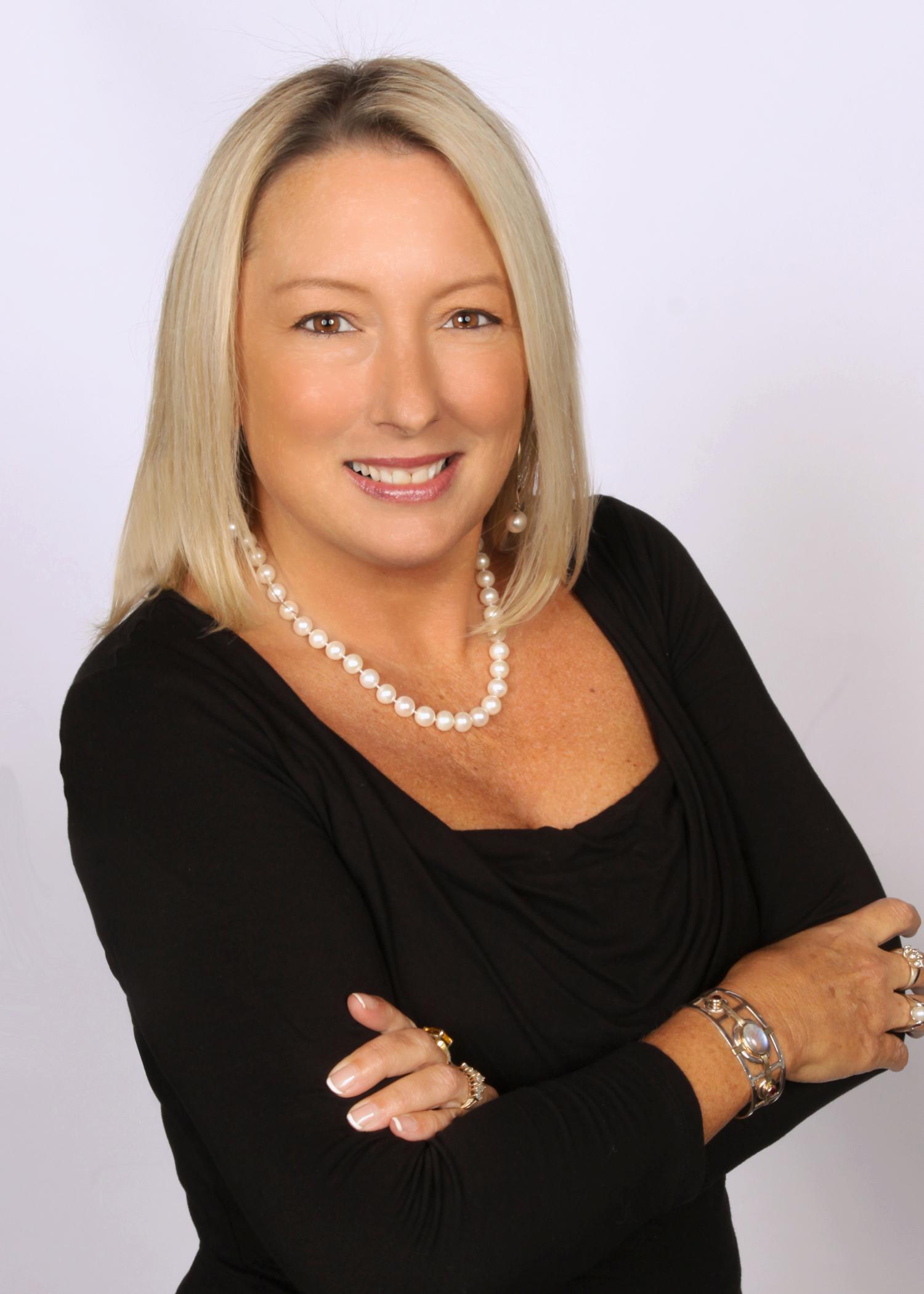 Carol Menz, Broker/Owner, GRI/SRES