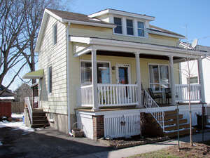 Single Family Home for Sale, ListingId:38300440, location: 15 Water Street St Catharines L2R 4T6