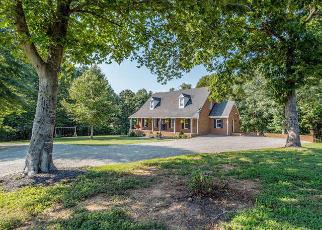 Single Family for Sale at 12554 Genito Road Amelia, Virginia 23002 United States