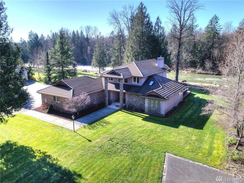 Single Family for Sale at 34214 102nd Ave S Roy, Washington 98580 United States