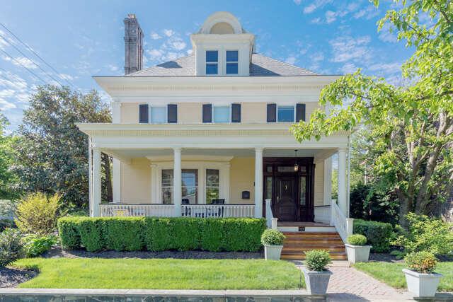 Single Family for Sale at 322 E Washington Avenue Newtown, Pennsylvania 18940 United States