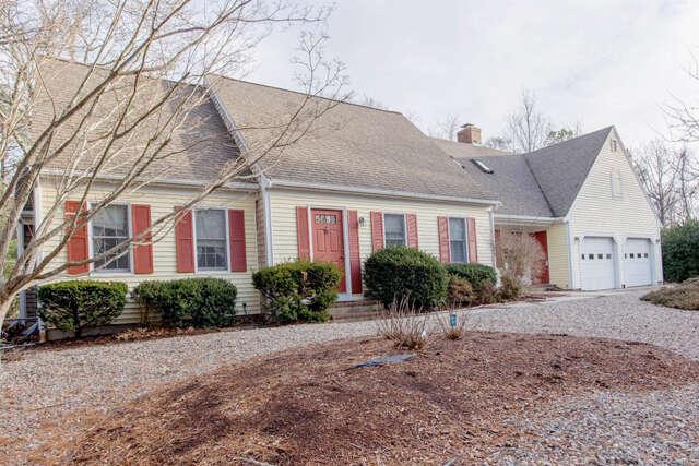 Single Family for Sale at 19 Deacon Joseph Lane Dennis, Massachusetts 02638 United States