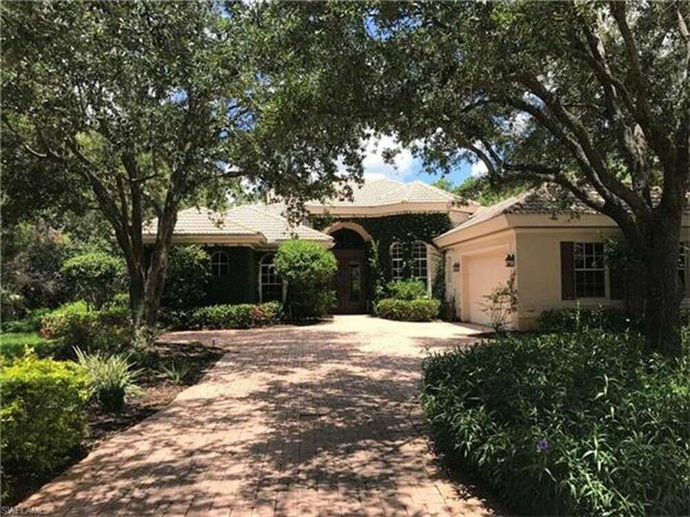 Single Family for Sale at 22900 Forest Edge Ct Estero, Florida 34135 United States