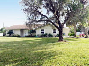 Featured Property in Ellenton, FL 34222