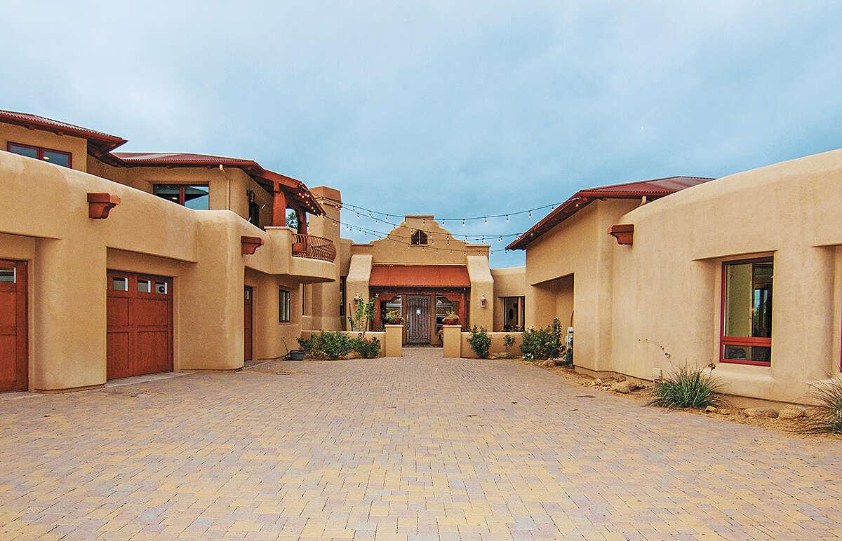 Single Family for Sale at 4725 W Phantom Hill Road Prescott, Arizona 86305 United States