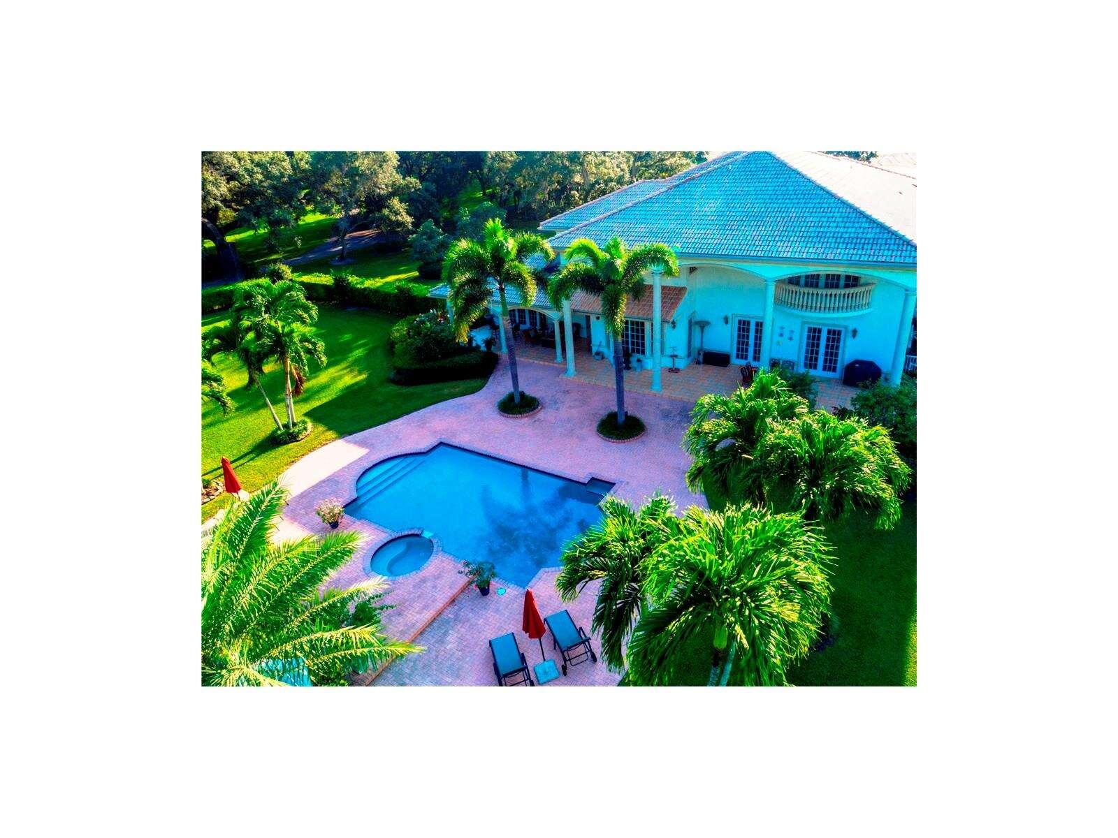 Single Family for Sale at 9951 Winding Ridge Lane Davie, Florida 33324 United States