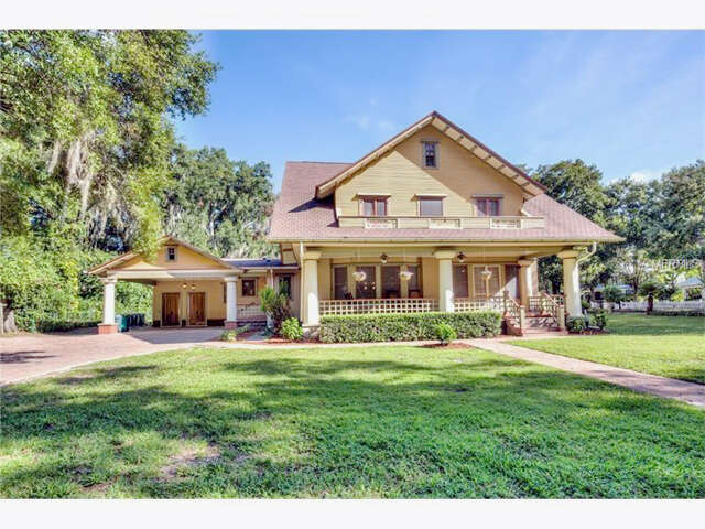 Single Family for Sale at 321 W 9th Avenue Mount Dora, Florida 32757 United States