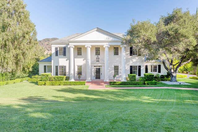 Single Family for Sale at 248 W. Stafford Road Thousand Oaks, California 91361 United States
