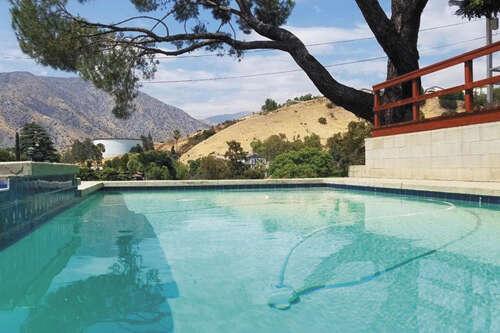 Single Family for Sale at 11025 Mountair Avenue Tujunga, California 91042 United States