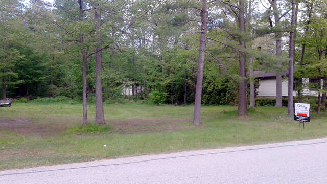Real Estate for Sale, ListingId:46307621, location: 9866 Wilbert St Lambton Shores N0M 1T0