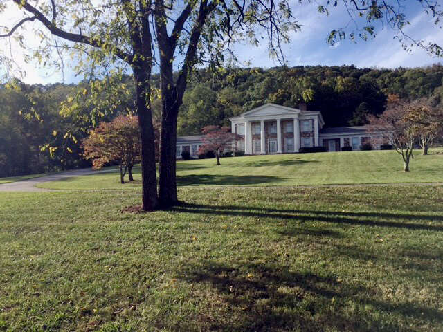 Single Family for Sale at 2189 Crockett Ridge Road Morristown, Tennessee 37814 United States