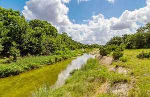 Featured Property in Florence, TX 76527