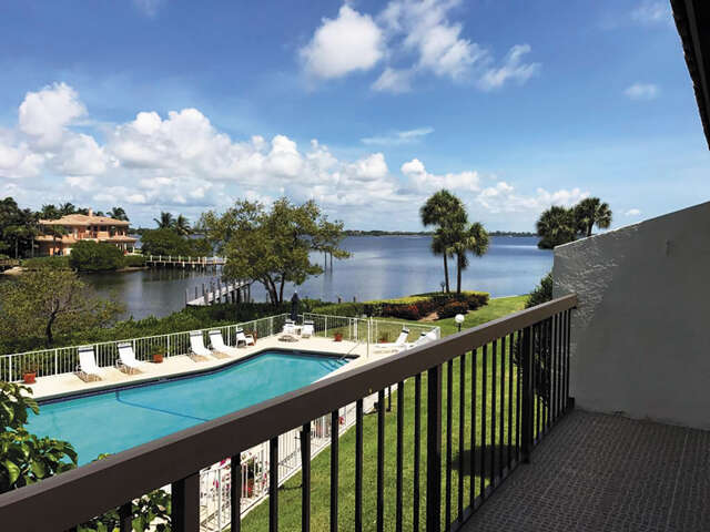 Single Family for Sale at 3474 S Ocean Boulevard Palm Beach, Florida 33480 United States