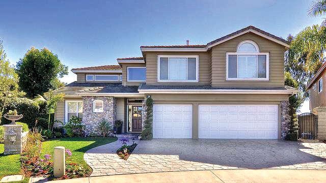 Single Family for Sale at 28 Saint Paul Laguna Niguel, California 92677 United States