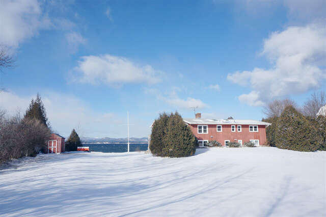 Single Family for Sale at 345 Hills Point Road Charlotte, Vermont 05445 United States