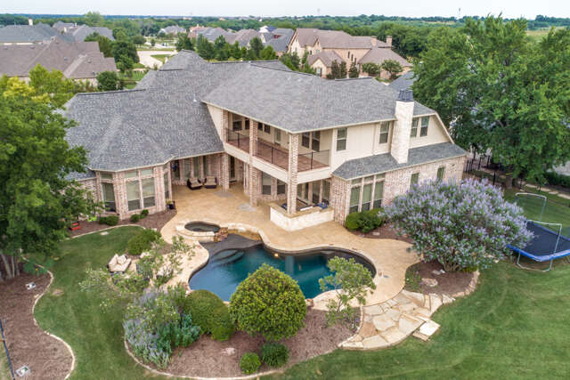 Single Family for Sale at 941 Woodview Drive Prosper, Texas 75078 United States
