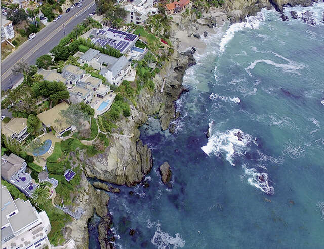 Single Family for Sale at 2345 Pacific Coast Hwy Laguna Beach, California 92651 United States