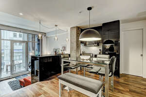 Featured Property in Montreal, QC H2Y 1M6