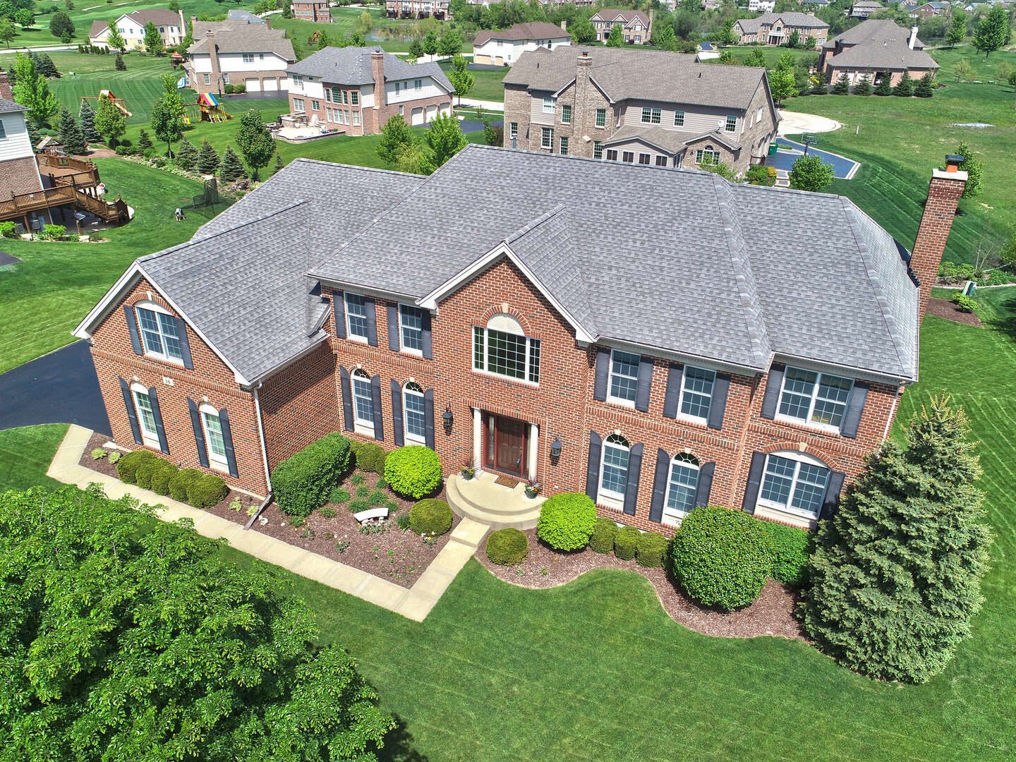 Single Family for Sale at 14 Tournament Drive North Hawthorn Woods, Illinois 60047 United States