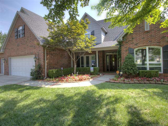 Single Family for Sale at 7221 N 200 East Avenue Owasso, Oklahoma 74055 United States