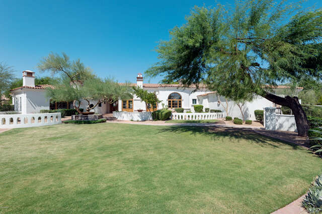 Single Family for Sale at 8350 W La Caille -- Peoria, Arizona 85383 United States