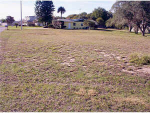 Featured Property in Fruitland Park, FL 34731