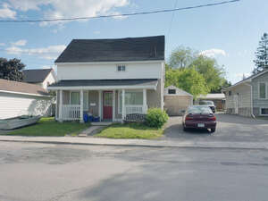 Featured Property in Arnprior, ON K7S 1K7