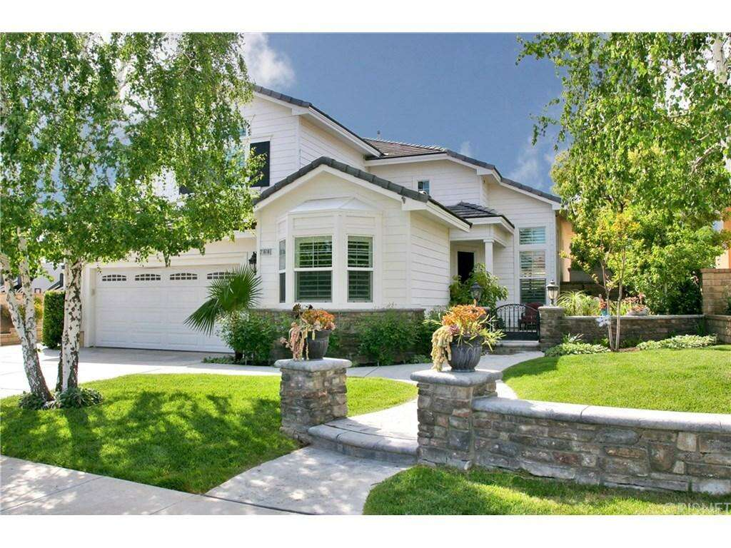 Single Family for Sale at 21616 Applegate Ct Saugus, California 91390 United States