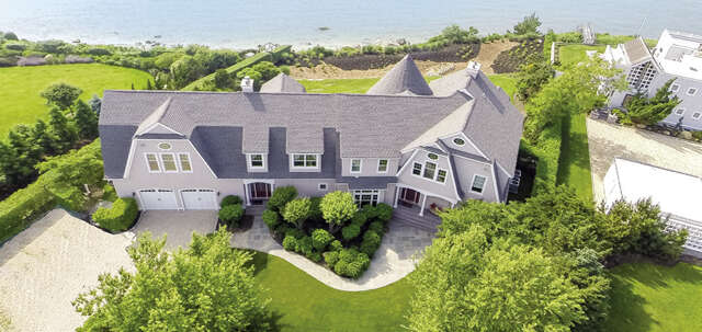 Single Family for Sale at 1250 Sound Dr Greenport, New York 11944 United States