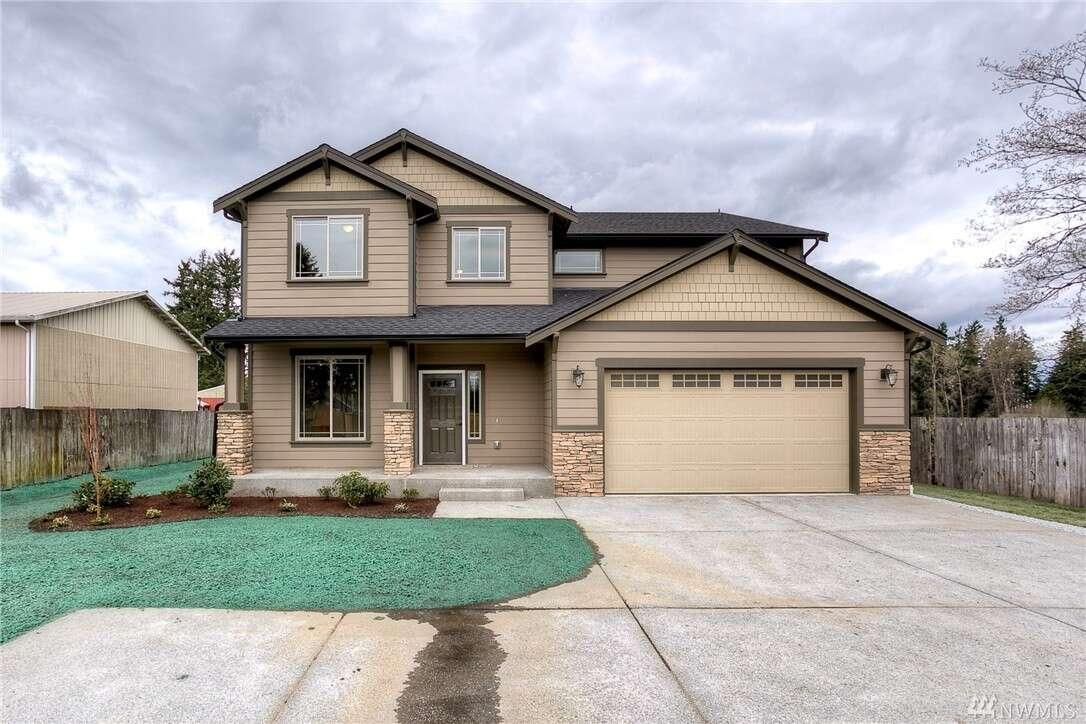 Single Family for Sale at 10008 Canyon Rd E Puyallup, Washington 98373 United States
