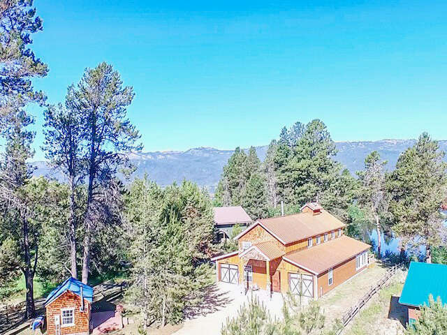Single Family for Sale at 82 Golden Place Donnelly, Idaho 83615 United States
