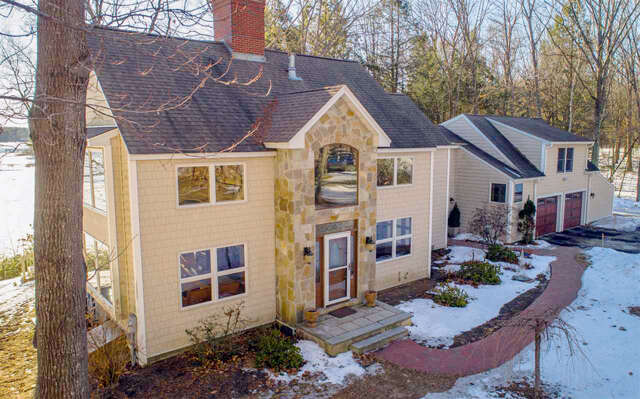Single Family for Sale at 7 Cullen Bay Road Dover, New Hampshire 03820 United States