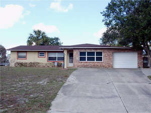 Featured Property in Orange City, FL 32763