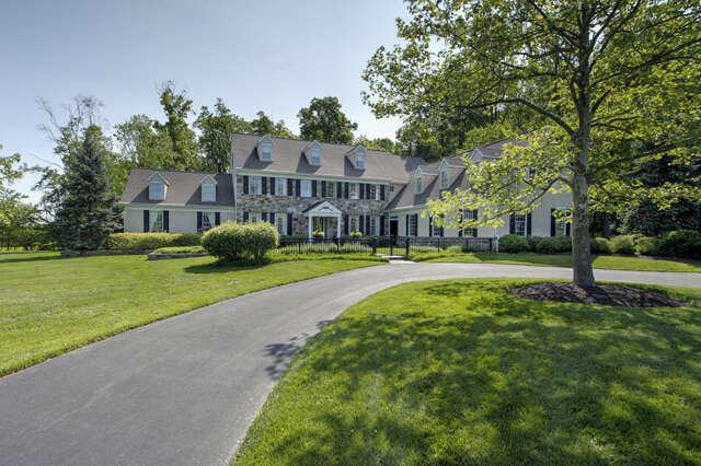 Single Family for Sale at 22 Estates Drive Doylestown, Pennsylvania 18902 United States