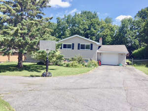 Featured Property in Napanee, ON K7R 3J1