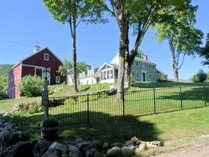 Featured Property in Plymouth, NH 03264